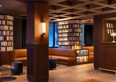 St-Alban-Hotel-&-Spa-Banquettes-dans-le-hall-d'entrée-(4)