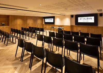 St-Alban-Hotel-&-Spa-Salle-séminaire-plénière-théâtre